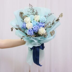 Someone holding a Vin Florist's Ocean Blue