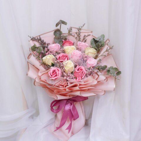 Varda flower by Vin Florist